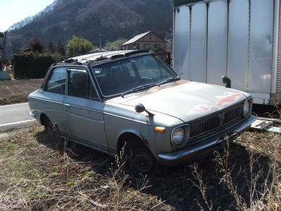 110808oldcar.jpg